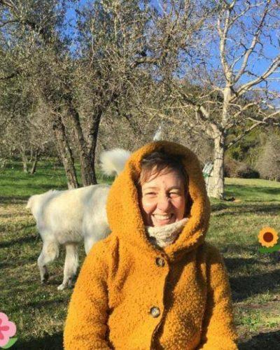 bea yellow - Beatrice Perri